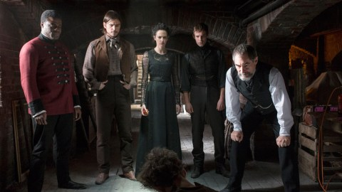 Penny-Dreadful-First-Look-03-16x9-1
