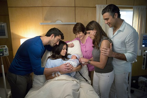 jane-the-virgin-season-1-photos-325