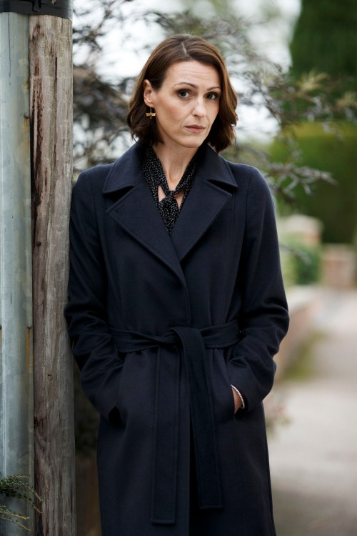 11947097-low_res-doctor-foster-series-2