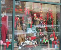 Christmas Window Displays, Mast General Store2, Gay Street ...
