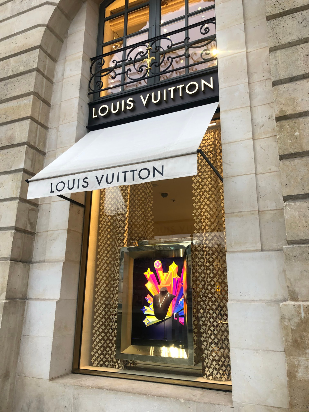 Louis Vuitton Paris window