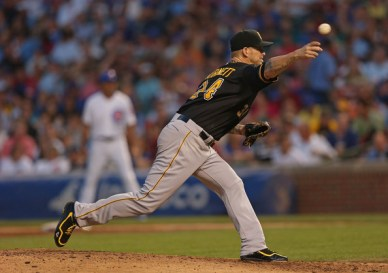 Pittsburgh+Pirates+v+Chicago+Cubs+Zo4AaWCbM_Kl
