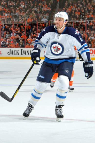 Ron+Hainsey+Winnipeg+Jets+v+Philadelphia+Flyers+ZnwR_l6dCkil