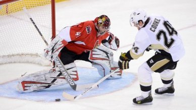 940-penguins-senators-6col