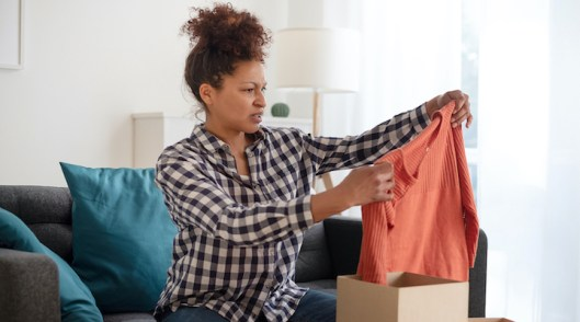 Are free delivery, returns as important to Aussie online shoppers as is believed?