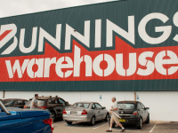 Bunnings Warehouse offers to host vaccination hubs