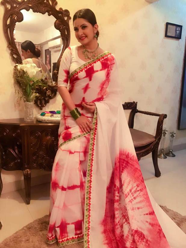 Actress Pori Moni with Saree