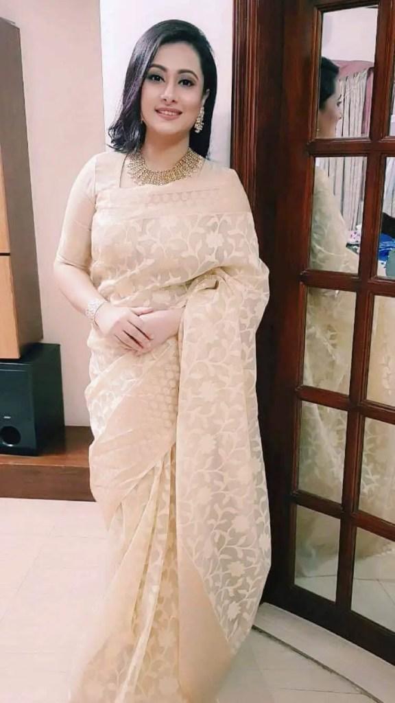 Actress Purnia Saree photo