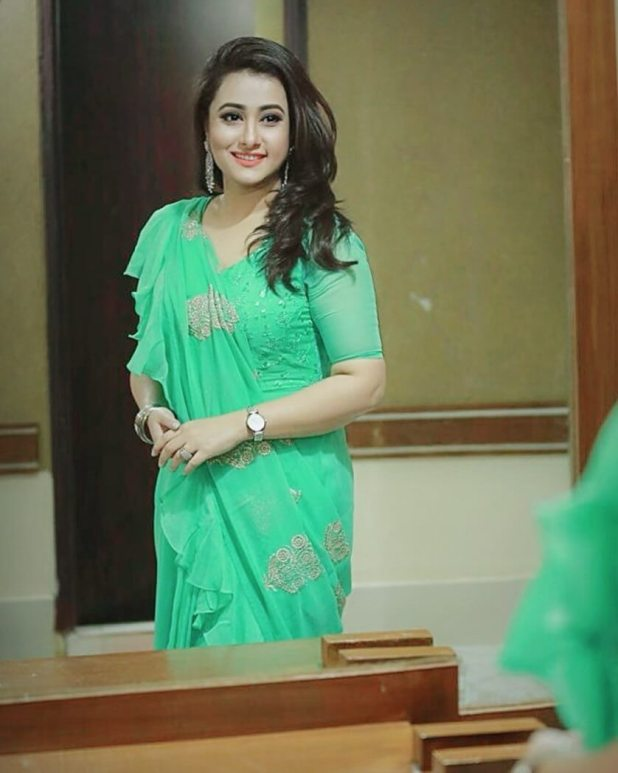 Actress Purnima pic in green Saree