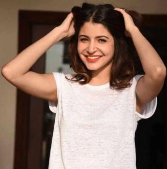 Anushka Sharma T-shirt Photo