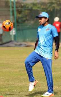 Musfipur Rahim with football Picture