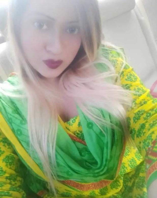 Sanayee selfie pic