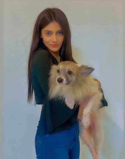 Jessia Islam With her Dog