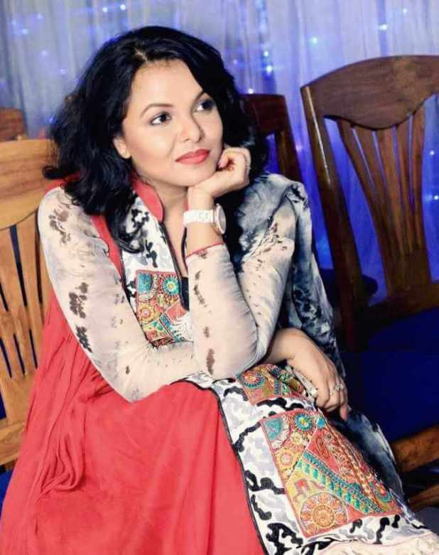 Meher Afroz Shaon HD Photo