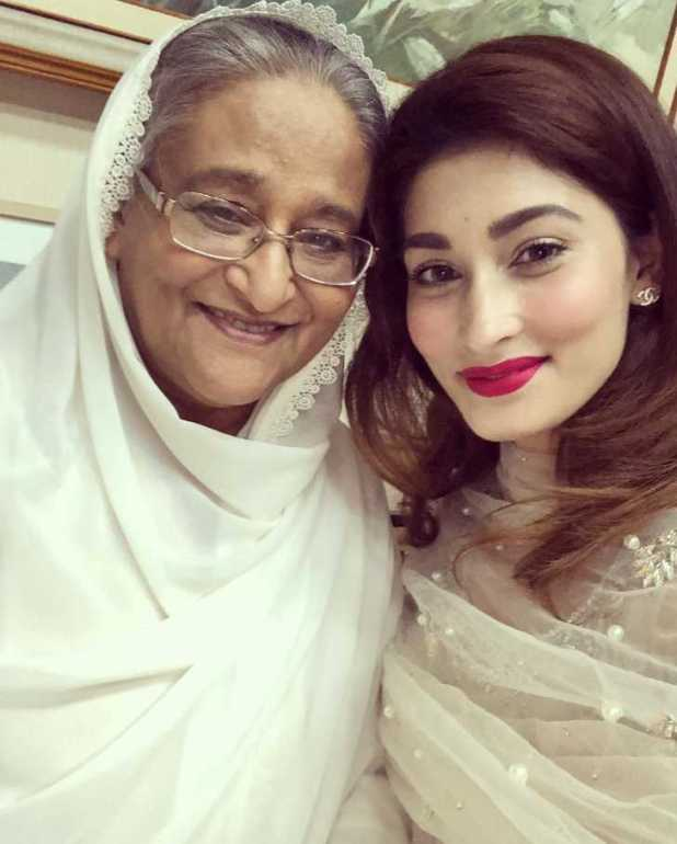 Sakib Al Hasan wife with Bangladeshi Prime minister Sheikh Hasina photo
