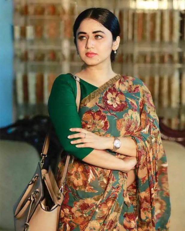 Faria Shahrin Wallpaper