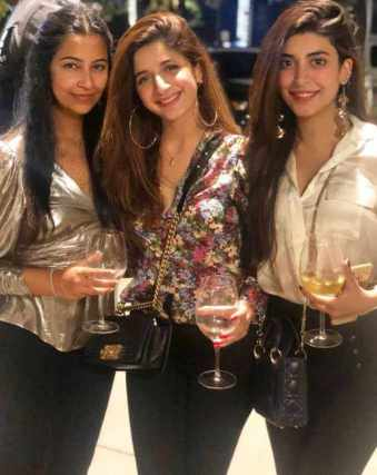 Mawra Hocane with Drinks