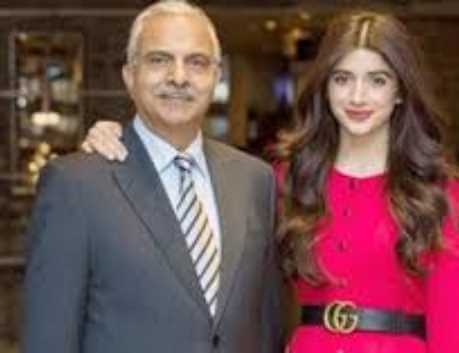 Mushtaq Hussain with his Daughter