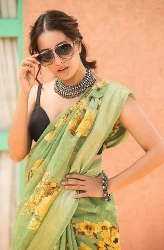 Raima Sen Saree Photo