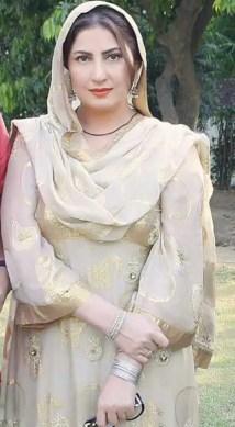 Saima Noor HD Image