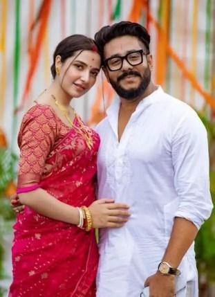Subhashree Ganguly with her Husband