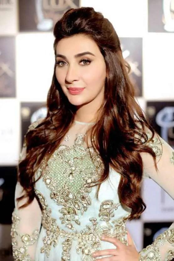 Ayesha Khan HD Photo