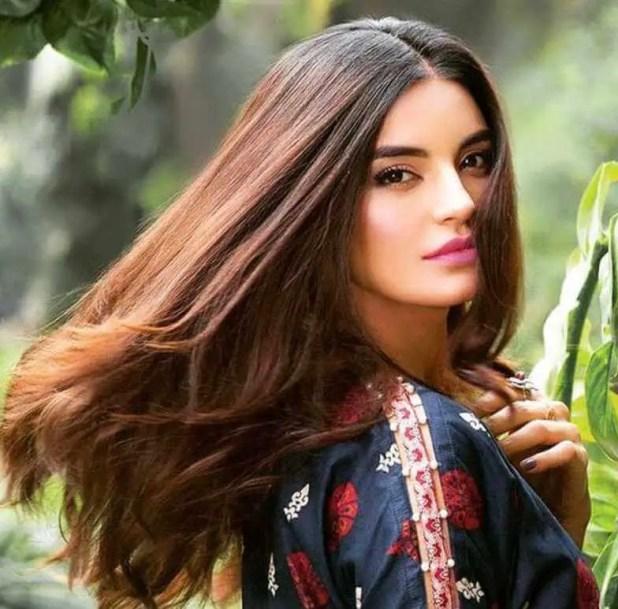 Sadia Khan Beautiful Image