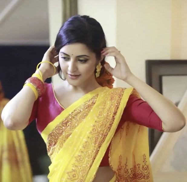 Bangladeshi actress Pori Moni new photo