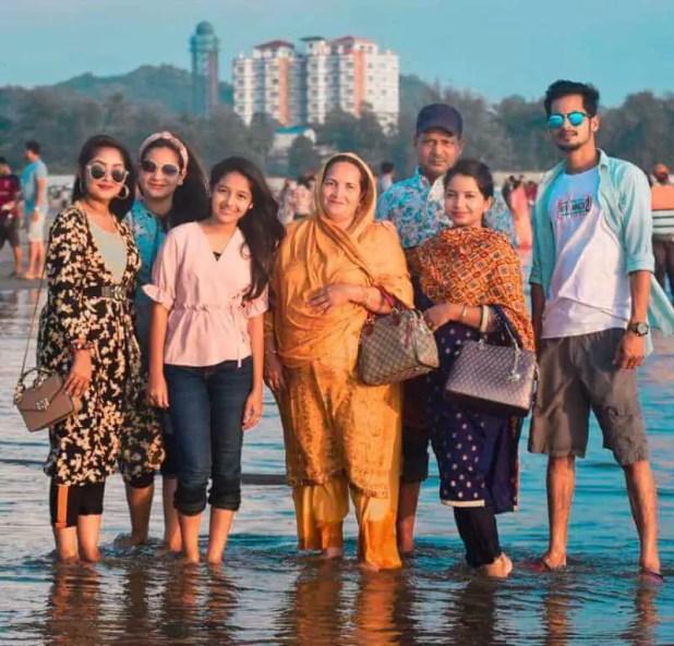 Nusrat Jahan Ontora with her Family Photo