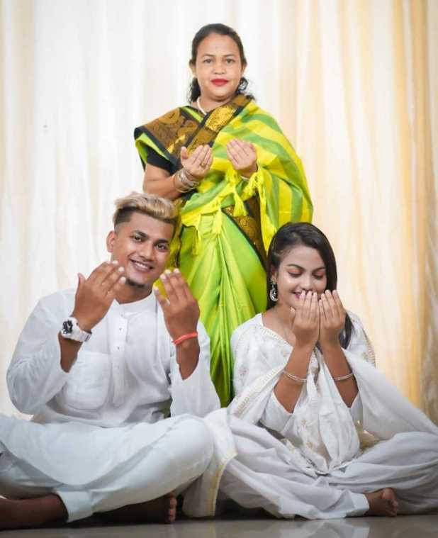 Beauty Khan Family Photo
