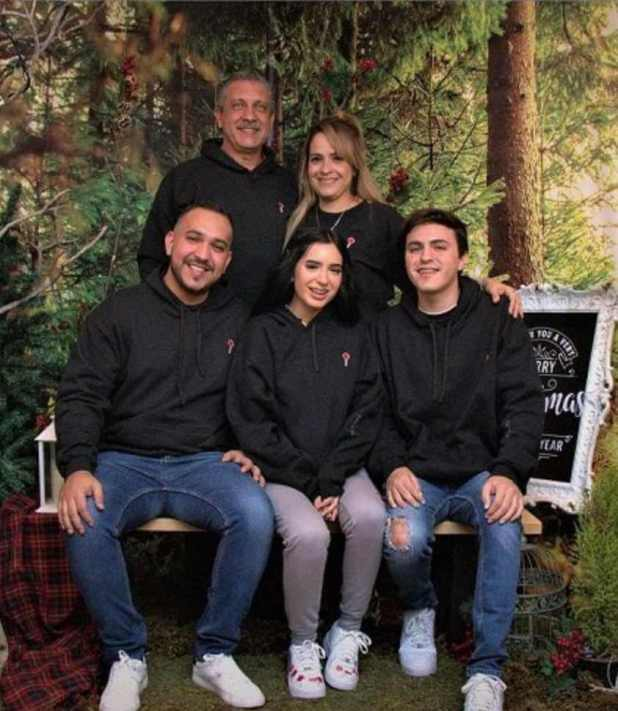 Domelipa With her family Photo