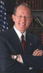 Andrew L. (Lamar) Alexander, Jr. (R-TN)