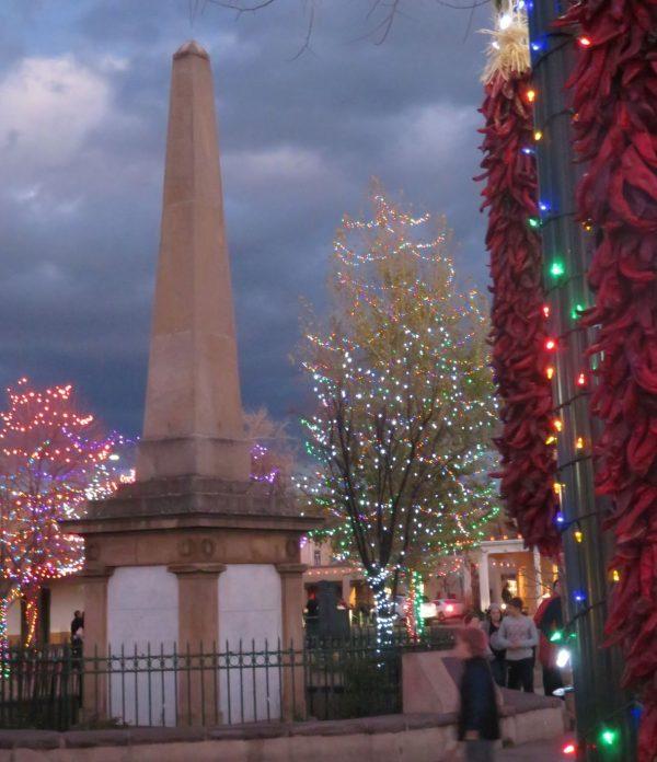 holiday lighting on the santa fe plaza