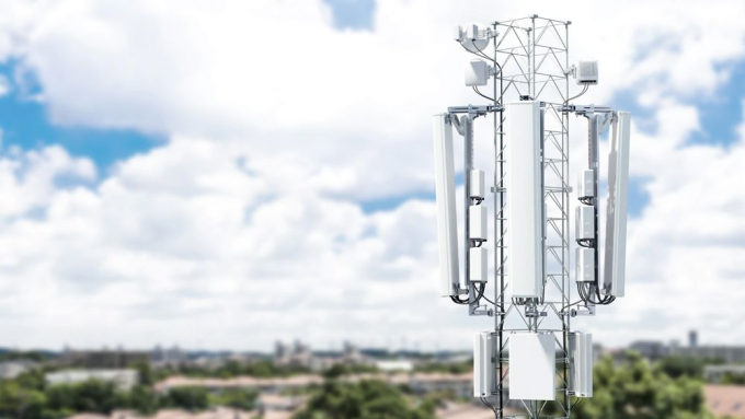 ericsson suburban mast d 5g high