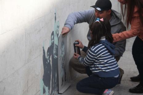 Cornish creates art with local Syrian children. (Supplied: Luke Cornish)