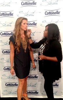 celebrity-makeup-artist-brandy-gomez-duplessis-doing-makeupon-actress-alysia-reiner