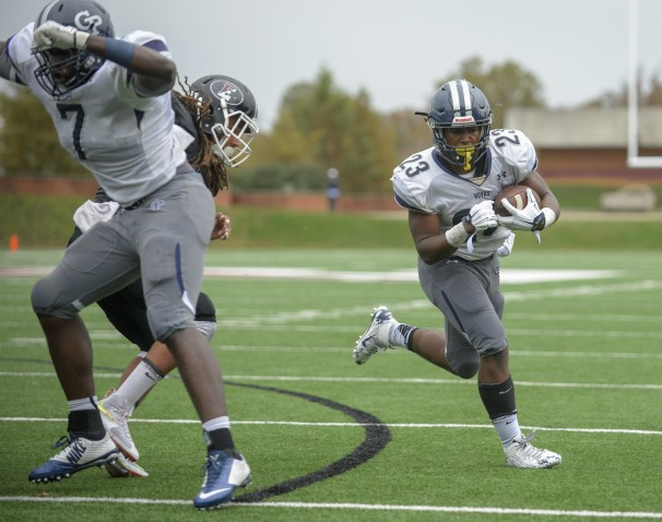 Georgetown Prep rolls past Fork Union, 48-0
