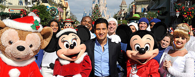 bieber aguilera hudson and more celebs star in 2011 disney parks christmas day parade tv special at disney world disneyland - Disney Christmas Day Parade