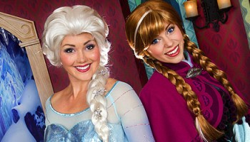 Video frozen anna and elsa meet and greet with olaf in fantasyland anna and elsa joined by animated olaf for frozen character meet and greet in royal reception at disneyland m4hsunfo