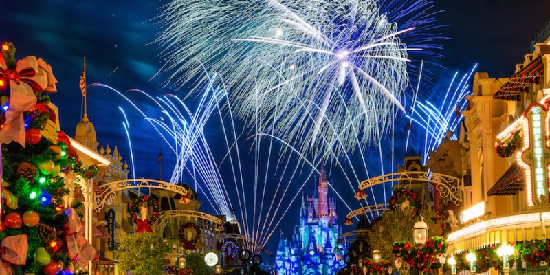 dates announced for mickeys very merry christmas party 2016 at walt disney world - Disney Very Merry Christmas Tickets