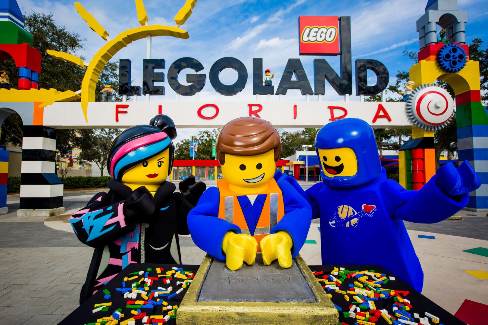 "LEGOLAND Florida premieres ""Lego Movie 4D A New Adventure ..."
