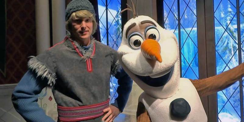 Kristoff olaf pair up in new frozen meet and greet at disneyland kristoff olaf pair up in new frozen meet and greet at disneyland resort m4hsunfo