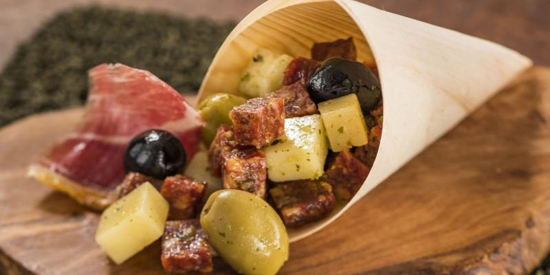 New Delights Fill The Epcot Food Wine Festival 2017 As Walt Disney