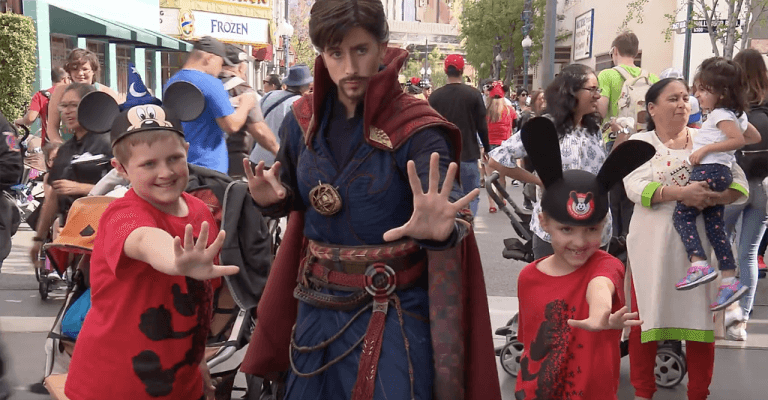 Video master of the mystic arts doctor strange joins marvel video master of the mystic arts doctor strange joins marvel superhero meet and greet characters at disneyland resort m4hsunfo