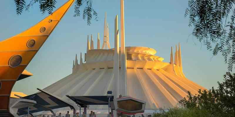 Walt Disney Imagineer Glenn Durflinger Architectural Designer Of