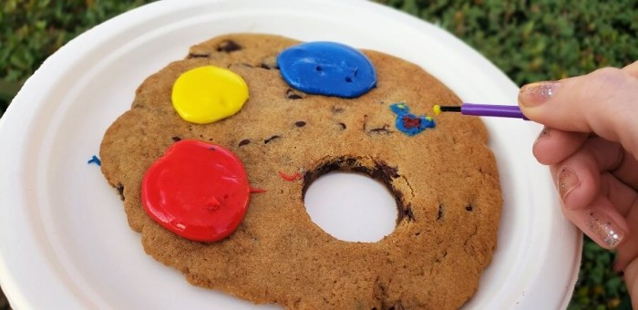 Palette Cookie at Epcot Festival of the Arts