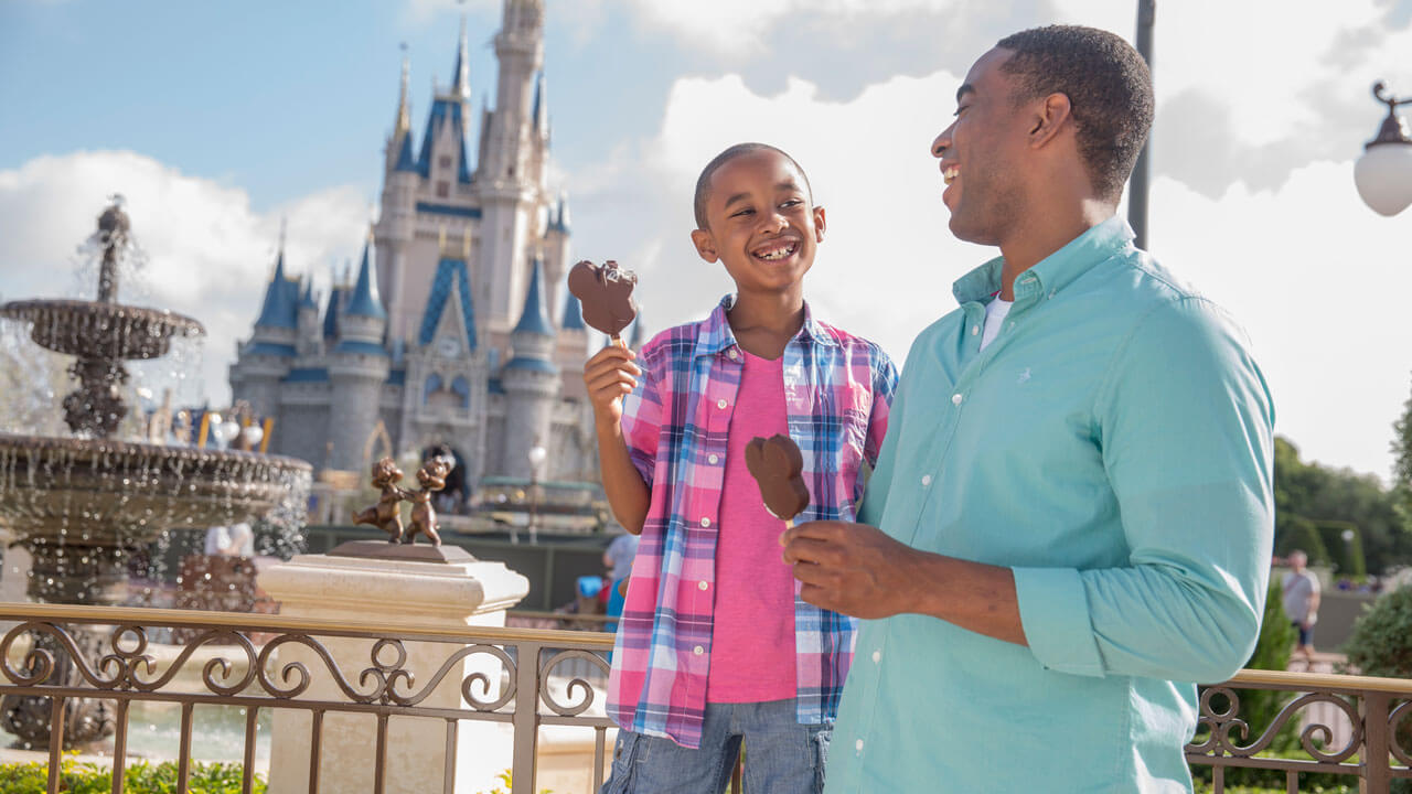 Walt Disney World Offers Free Dining Plan For Summer Stays