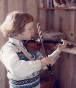 young Edwin Huizinga 6 years old playing his violin.