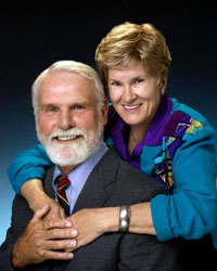 Jerry Jackson, left, and his wife, Annette