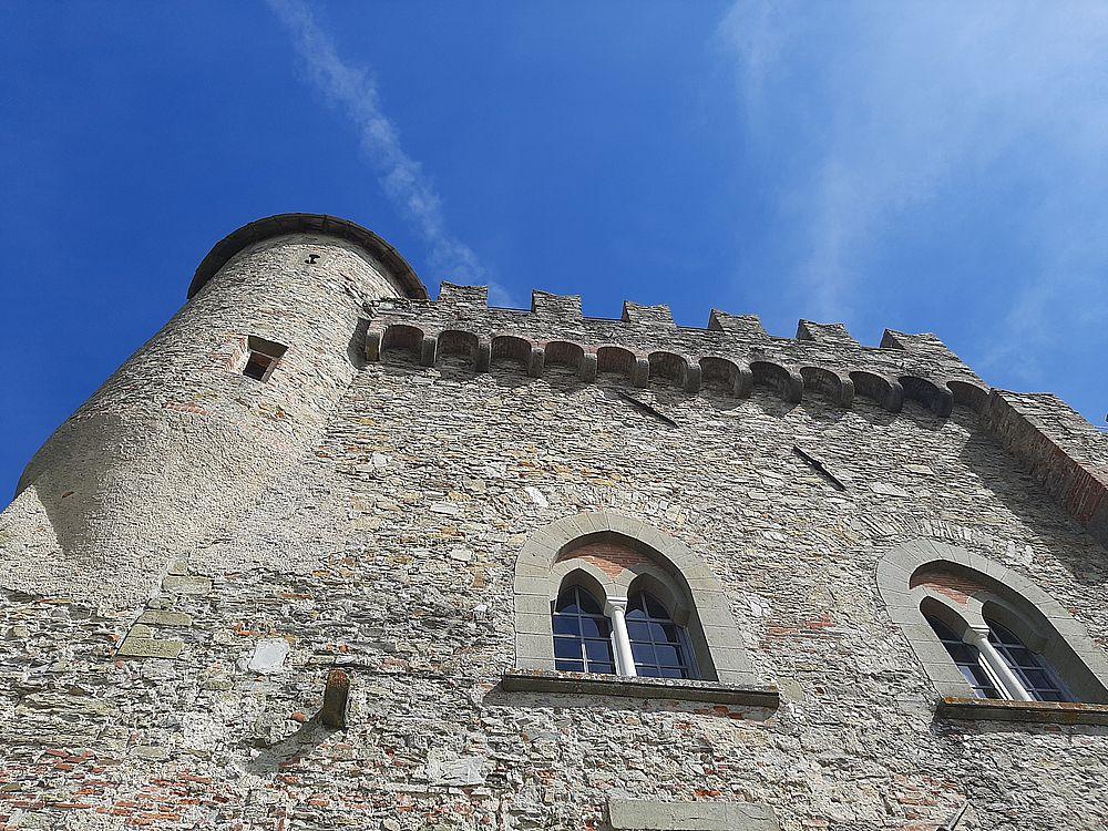 insidethestaircase castello malaspina fosdinovo esterno dal punto panoramico ph elettra nicodemi allrightsreserved